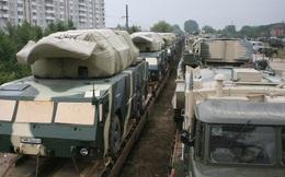 Ký với Nga 20 hợp đồng mua vũ khí, quốc gia này là phên dậu vững chắc từ xa