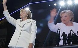 """Bà Hillary ủng hộ NATO chống """"mối đe dọa Nga"""""""