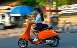 """Tài già 40 năm chạy xe máy """"cạn lời"""" với những thiếu nữ trên đường"""