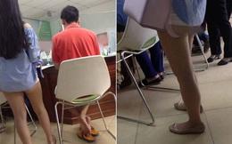 Cô gái trẻ gây sốc khi mặc quần dài 5 cm đi giao dịch ở ngân hàng