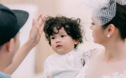 Á hậu Áo dài Diễm Châu lần đầu đưa con trai kháu khỉnh lên sàn catwalk