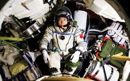 Phi hành gia Trung Quốc nghe thấy tiếng... gõ cửa phi thuyền