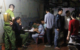 Tá hỏa phát hiện cô gái chết trên ghế, chàng trai treo cổ tại phòng trọ ở Sài Gòn