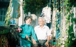 Bộ ảnh đặc biệt của  2 ông bà 70 tuổi khiến nhiều người trẻ nghẹn ngào