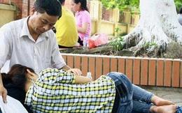 Chuyện giờ mới biết về bức ảnh bố trông con ngủ trong kỳ thi ĐH 2012