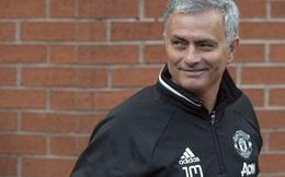 """Mourinho đang """"yêu"""" Man United nhanh hơn bạn tưởng"""