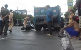 Bình Dương: Nam thanh niên đi xe máy cắm chặt vào đuôi xe ben nguy kịch