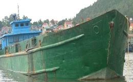 Tàu đổ chất thải ra biển đúng quy trình?