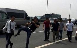 Báo Tuổi trẻ đề nghị Bộ công an xem xét vụ đánh phóng viên
