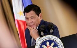 """Tổng thống Philippines thừa nhận """"vỗ mông"""" nữ cảnh sát"""
