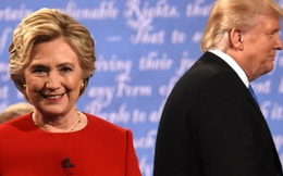 Chê micro hỏng, Trump bất ngờ nhận thua tranh luận trực tiếp