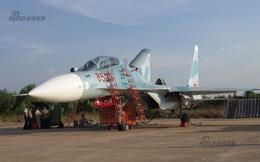 Báo Trung Quốc đăng tải loạt ảnh cực hiếm về tiêm kích Sukhoi Việt Nam