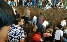 Được lộc trời, người dân hò nhau đi đào bới cả ngày lẫn đêm