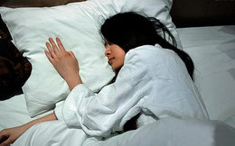 Sau 1 đêm ngủ tại khách sạn với em gái, người phụ nữ bị chồng đùng đùng đòi ly dị vì...