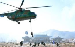 24h qua ảnh: Đặc nhiệm Triều Tiên diễn tập chiếm phủ tổng thống Hàn Quốc