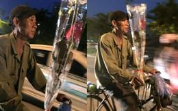 Bông hồng 10.000 đồng, món quà đẹp nhất của bác trai ngày 20/10