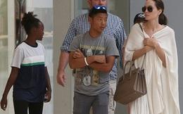 Pax Thiên chững chạc khi xuất hiện cùng Angelina Jolie