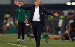 """Man United bại trận, Mourinho lập tức bị lây """"bệnh"""" của Van Gaal"""