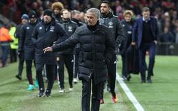 Mourinho và Man United: Khi đã yêu thì đừng sợ