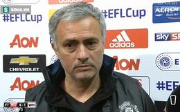 """Trốn trong nơi """"bí mật"""", Mourinho vẫn có cách giúp Man United thắng trận"""