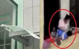 Mẹ ném con 3 tuổi từ tầng 13 của bệnh viện rồi nhảy lầu tự tử nhưng bất thành