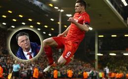 """""""Gã ăn hại"""" của Liverpool sút văng Man United"""