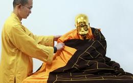 """Dát vàng thi hài vị cao tăng được phong """"Phật sống"""""""
