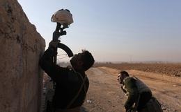 24h qua ảnh: Binh sĩ Iraq dùng mũ làm mồi nhử phiến quân IS