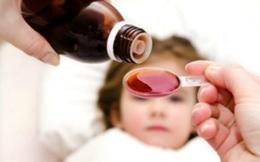 8 sai lầm điển hình cha mẹ thường mắc phải khi cho con uống thuốc