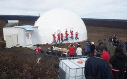 6 tình nguyện viên NASA vừa kết thúc 1 năm trời sinh sống trong hầm khép kín, giả lập môi trường sao Hỏa