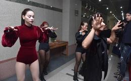 Nhạc sĩ Huy Tuấn phấn khích khi xem Hà Hồ mặc gợi cảm, nhảy cuồng nhiệt