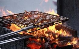 Khoa học chứng minh vì sao chúng ta chỉ nên dùng than củi để quạt bún chả