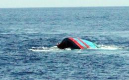 Trục vớt tàu cá bị chìm ngoài Vịnh Bắc bộ
