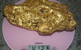 Ghen tị với người đàn ông tìm được khối vàng nặng hơn 4kg