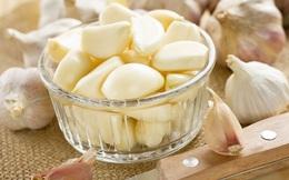 9 'kháng sinh' tự nhiên tốt hơn thuốc ở ngay trong bếp nhà bạn