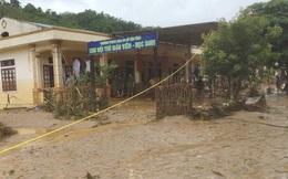 Mưa lũ dồn dập Nghệ An, mất liên lạc 8 người
