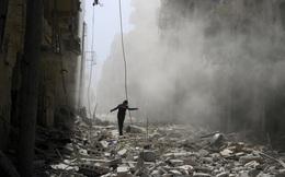 """Mỹ dọa lính Nga """"về nước bằng túi đựng xác"""", Moscow tuyên bố tiếp tục không kích ở Syria"""