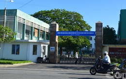 Nhóm côn đồ đánh gục nam sinh viên rồi chở đến bỏ trước bệnh viện