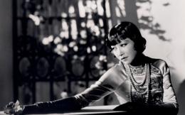 Đây mới là người phụ nữ Châu Á đầu tiên chinh phục Hollywood