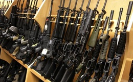 Cơn sốt súng trường AR-15 sau thảm kịch Orlando