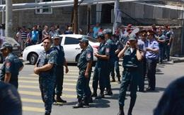 Đấu súng giữa cảnh sát Armenia và nhóm vũ trang đối lập