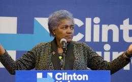 Hillary Clinton bị nghi nhận được các câu hỏi trước khi tranh luận