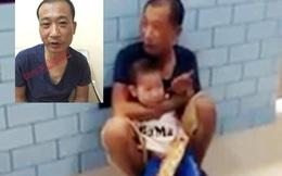 Giây phút nghẹt thở giải cứu cháu bé 2 tuổi bị đối tượng ngáo đá khống chế