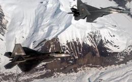 Mỹ đưa tiêm kích tàng hình F-22 tới Singapore làm gì?