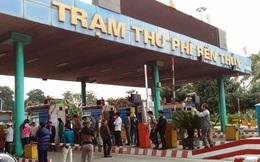 Người dân lại mang ô tô chặn cầu Bến Thủy 1