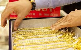 Sau phiên giảm mạnh, mất gần 4 triệu đồng trong 2 tuần, giá vàng hôm nay lại bật tăng