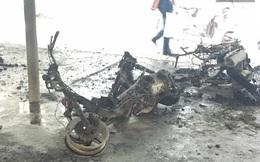 Nhà giữ xe bốc cháy dữ dội khi thí sinh đang thi đại học