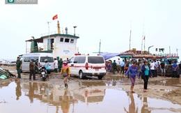 Chìm tàu chở hàng chục người ở Quảng Trị, ít nhất 1 nạn nhân tử vong