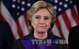 Cánh cửa vào Nhà Trắng của bà Clinton chính thức đóng lại