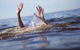 Nhảy xuống dòng nước cứu bạn, cả hai học sinh cùng đuối nước